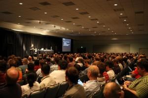 public-speaking-tips_speaking-to-crowd